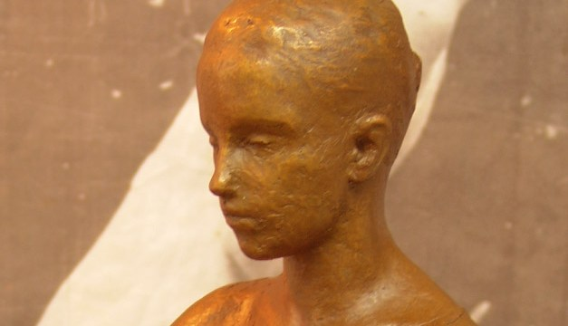 """""""Figura egipcia bronce dorado"""""""