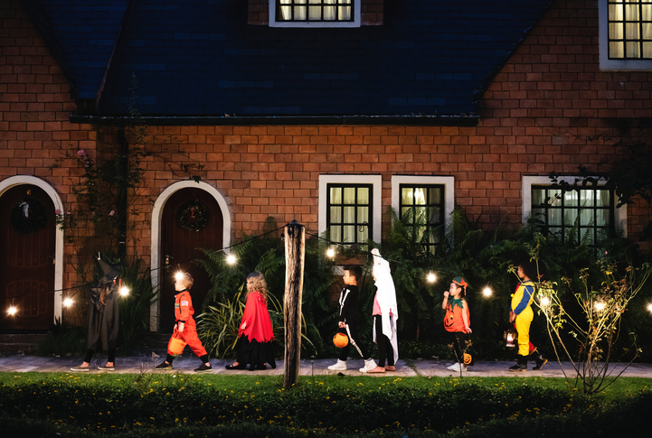 Halloween Lighting Tips Scary Halloween Safety From Pediatric Associates Elhamed Halloween Safety Tips Pediatric Associates Of Savannah