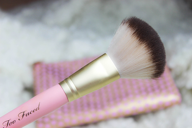 Absolute Essentials- Set de pinceaux TOO FACED-27
