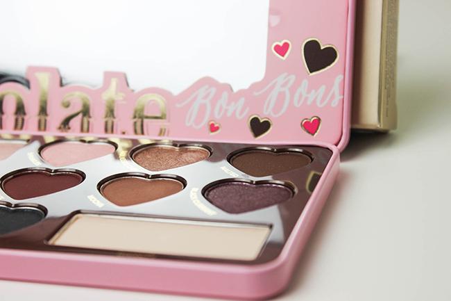 toofaced-chocolate-bonbons-peekaboooblog-17