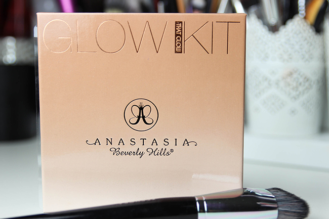 Anastasia-Beverly Hills-GlowKit-swatch-4