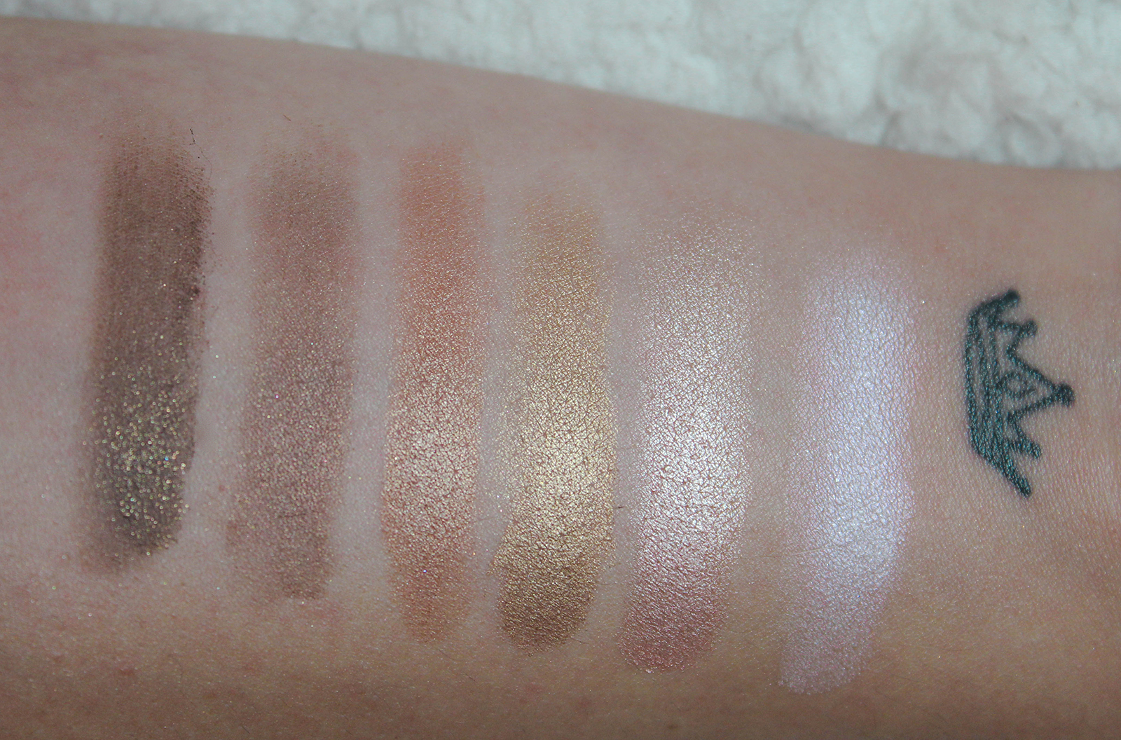Too Faced Natural Love_swatchs-1