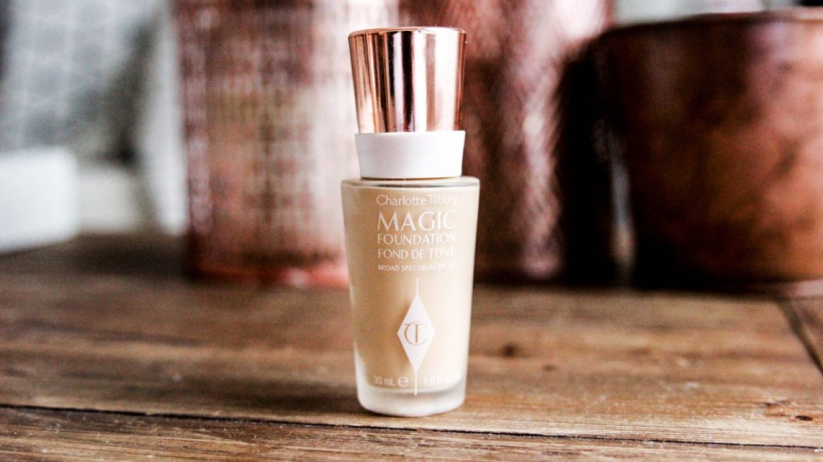 Charlotte Tilbury Magic Foundation Fond de Teint-1