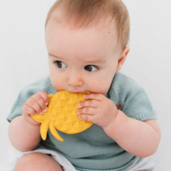 Lanco Natural Rubber Pineapple Teether