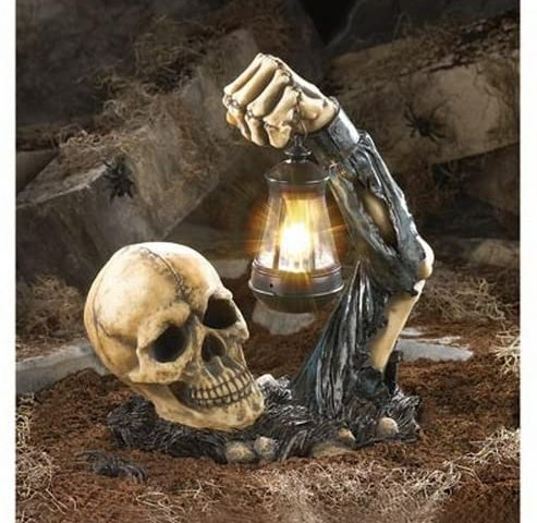 Creeping Skeleton Garden Light