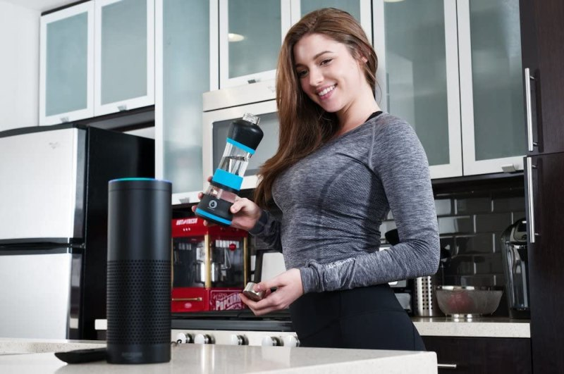 6 Amazing Smart Water Bottles Reviewed To Stay Hydrated