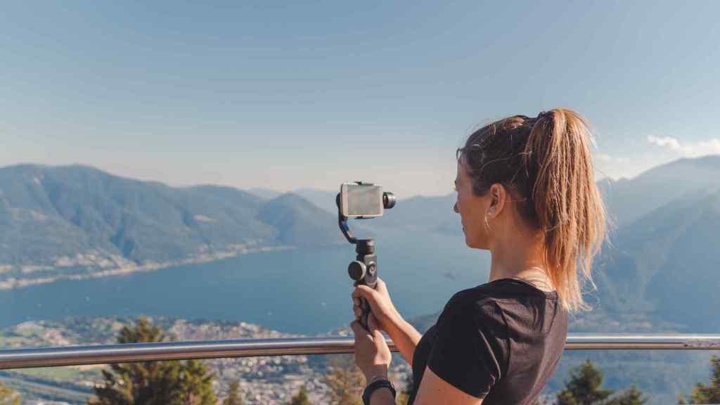 Vlogging Cameras