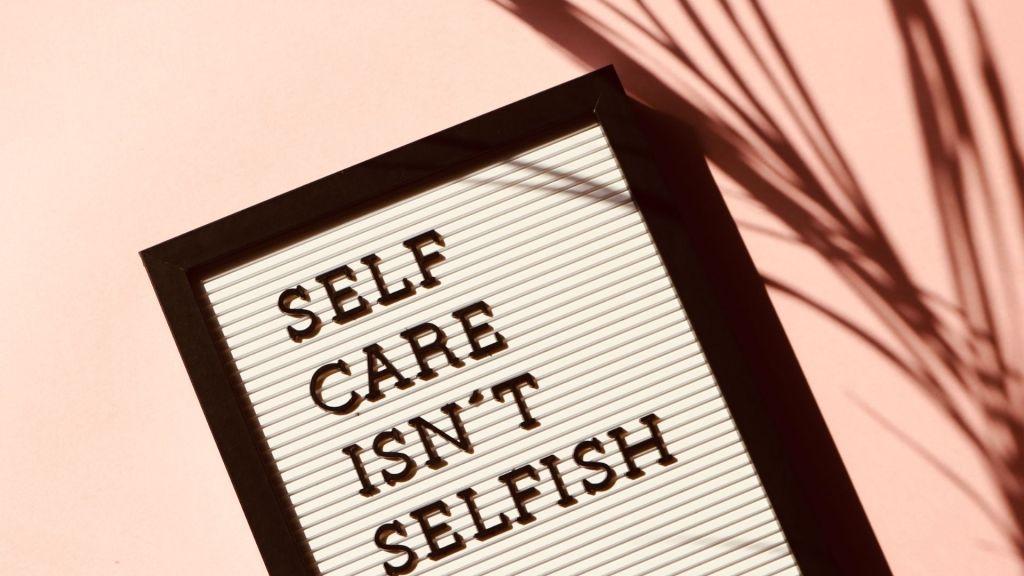 15 Amazing Self-Improvement Books To Change Your Life