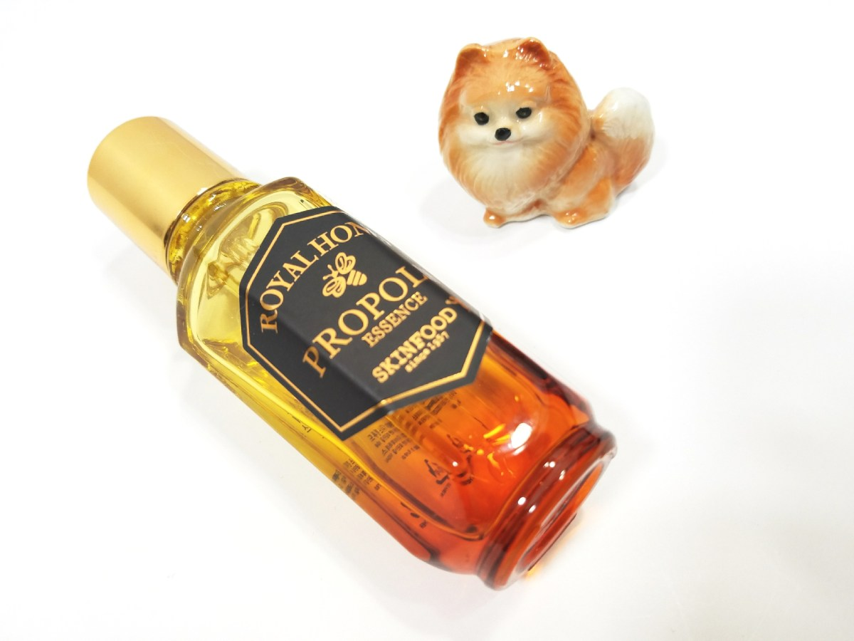 Weekly Dud: Skinfood Royal Honey Propolis Essence Review