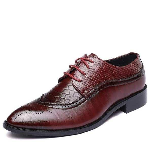 Elegant men's workwear style city shoes