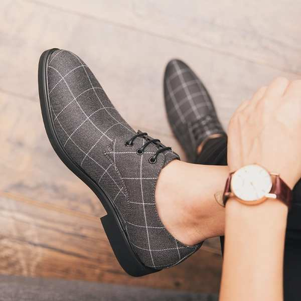 Casual casual plaid shoes for men
