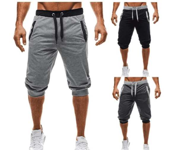 Casual casual short cropped trousers man