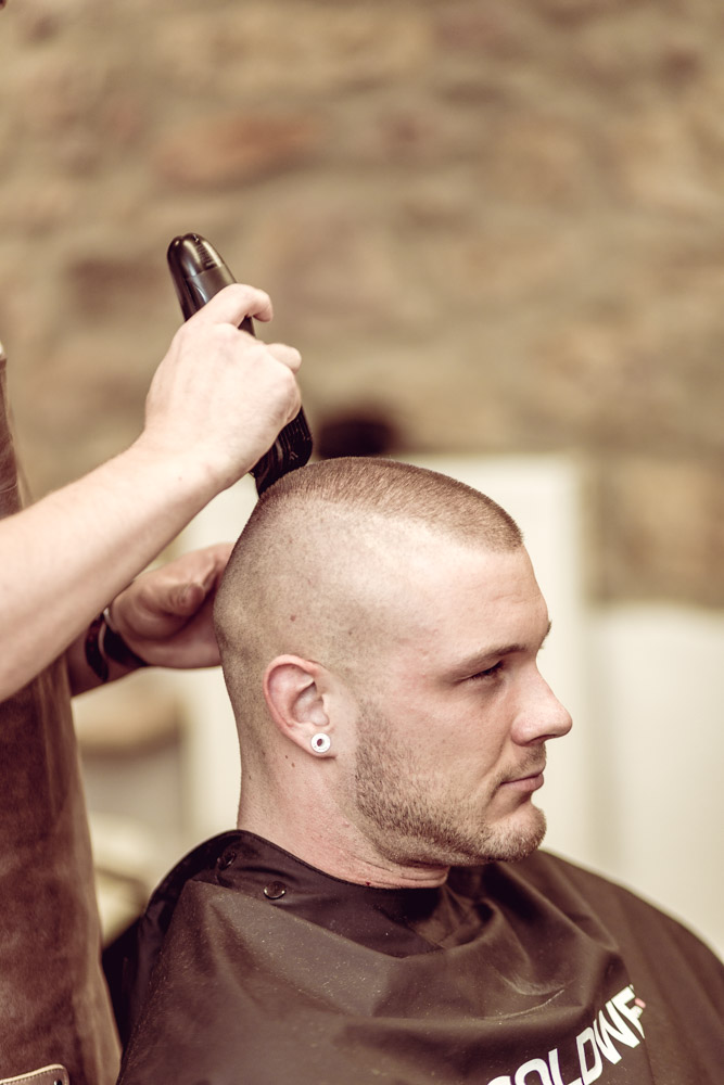 Peets Hairstyle  Dein Barbershop  Herrenfriseur in