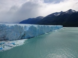 It's one of the only dynamic Glacier on earth (= it doesn't get smaller. Ice melts but snow falls make i grow again. )