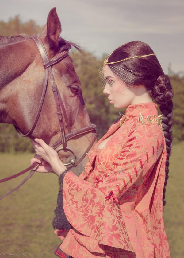 Richard Powazynski : Equestrian Couture