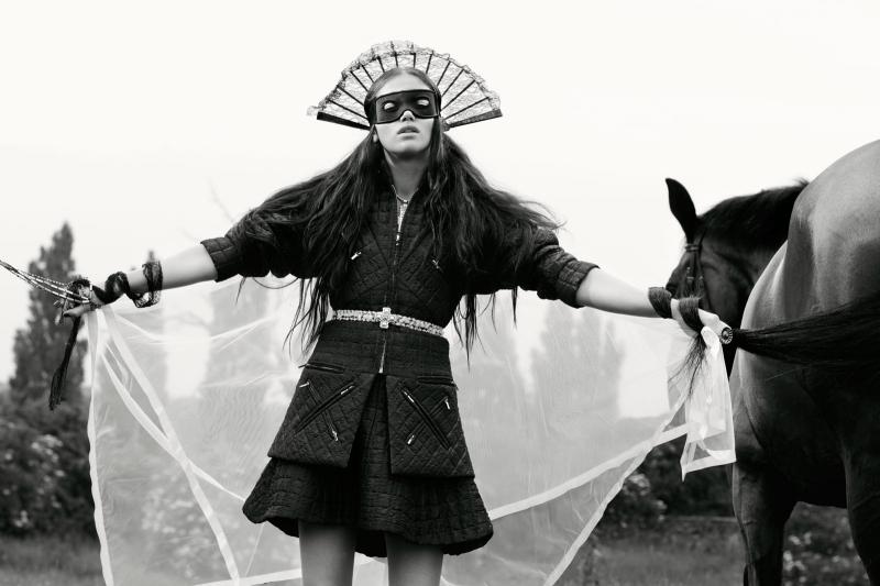 www.pegasebuzz.com   Sandra Freij for Union Magazine