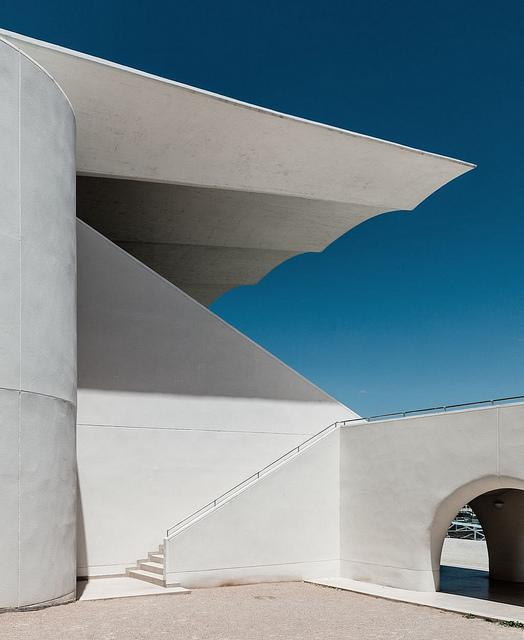www.pegasebuzz.com | Architecture : hipodromo La Zarzuela di Madrid lensed by Ximo Michavila