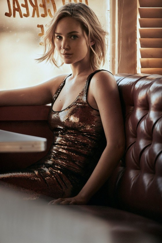 www.pegasebuzz.com | Jennifer Lawrence by Mikael Jansson for Vogue US, december 2015