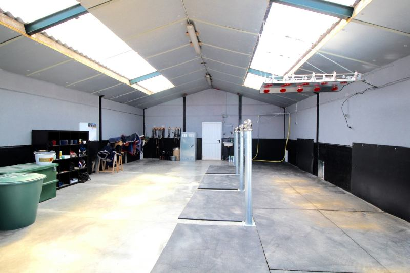 www.pegasebuzz.com | Dream barn : Equimov presents La Ferme Carrée