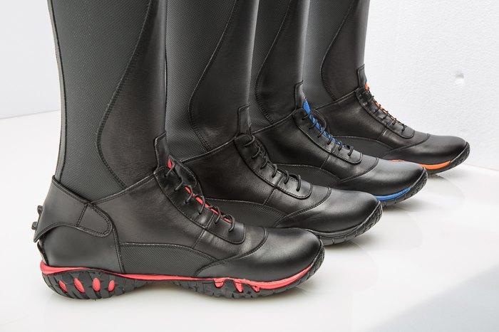 www.pegasebuzz.com | Equestrian fashion : Walk&Ride boots by Sergio Grasso.