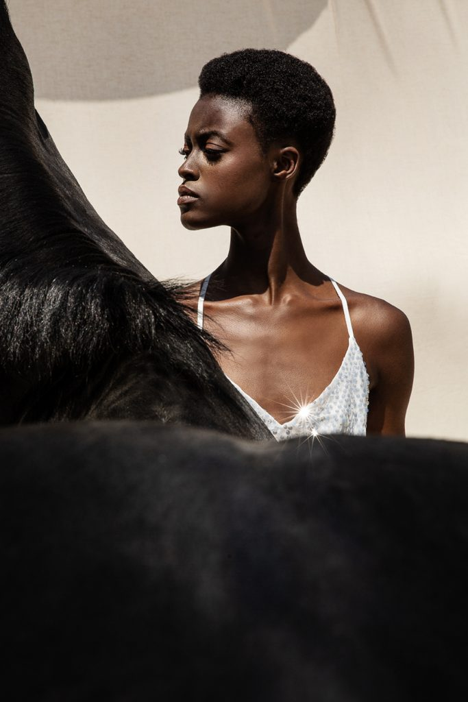 www.pegasebuzz.com | Alisha Safo by Mara Lazaridou for Anel Fashion 2019.