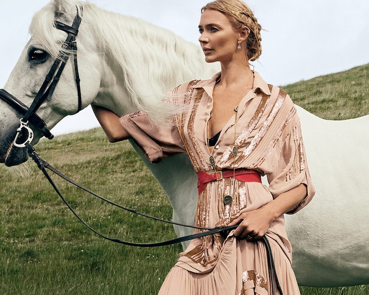 www.pegasebuzz.com | Jodie Kidd by Phil Poynter for Temperley London, Fall-Winter 2019.