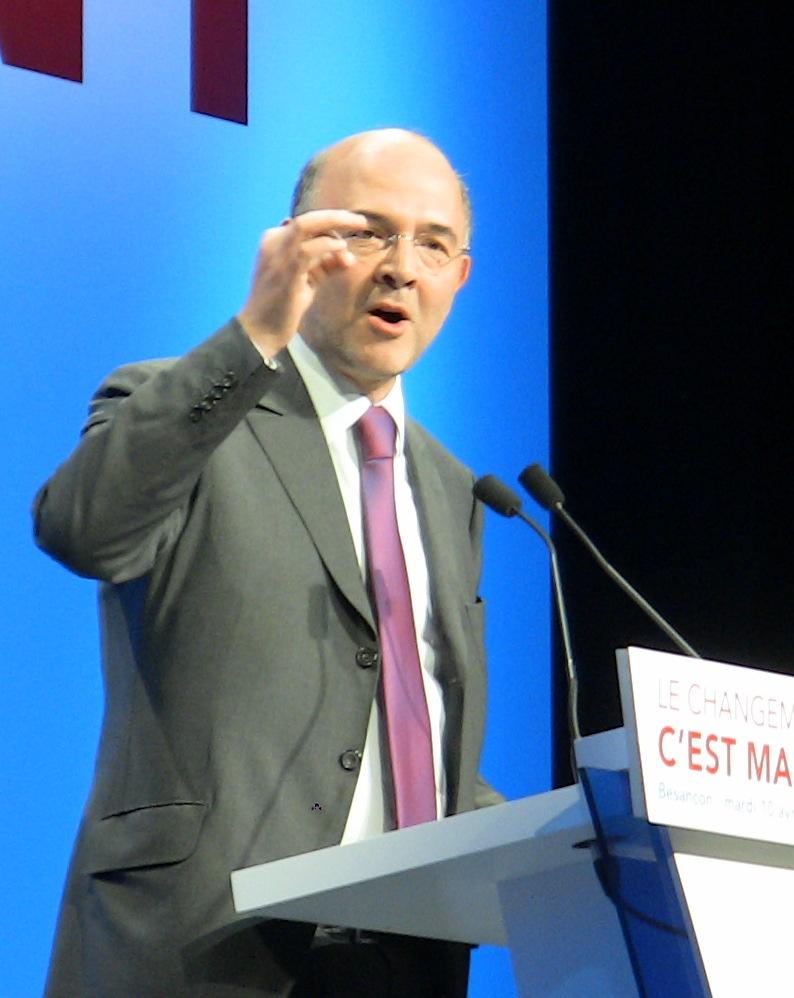 Pierre_Moscovici_-_meeting_PS_de_Besançon_(10-04-2012)_-_cropped