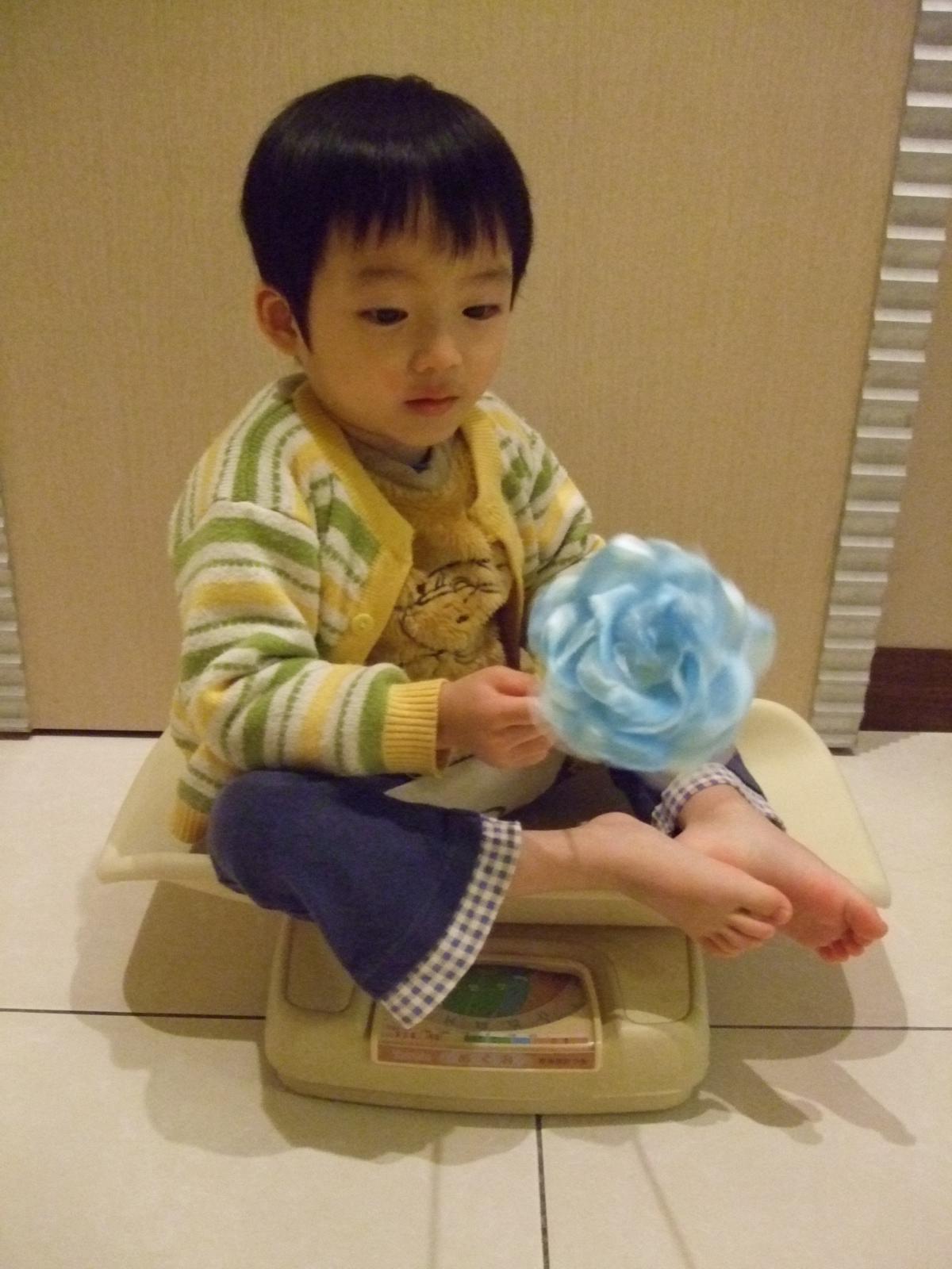 2010年3月12日三歲三個月13公斤 | 轉眼老去