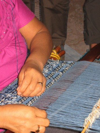 Weaver using needle