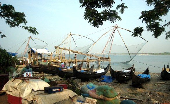 7.1 Chinese fishing boat, net lifted