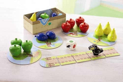 """Componentes del juego de mesa """"Mi primer frutal"""""""