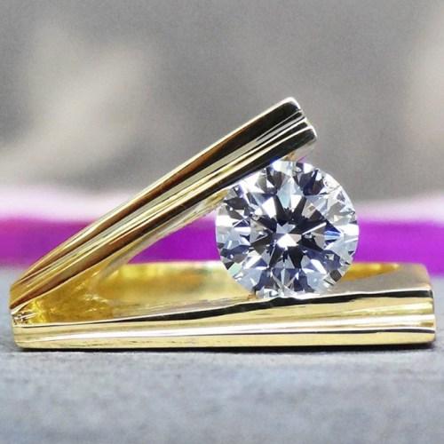 Diamond Gallery Product Display