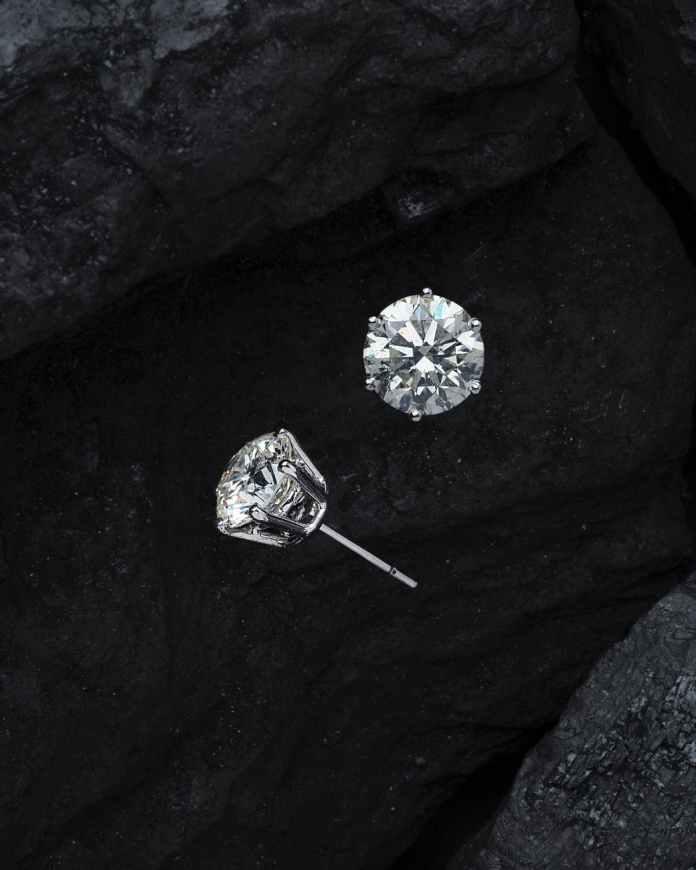 close up photo diamonds stud earrings