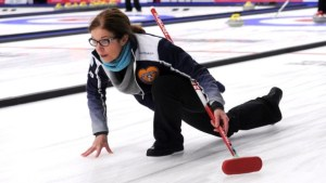 Colleen Jones beats Mary Anne Arsenault to win Spitfire Arms Cashspiel. Robyn MacPhee was a semi-finalist.
