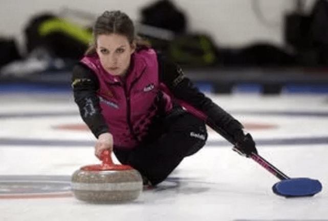 PEI native Geri-Lynn Ramsay making return to Alberta Scotties, this time as skip (Calgary Sun)