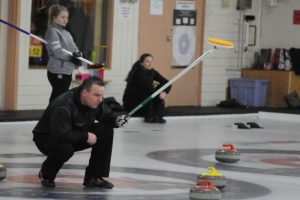 Gorveatt nabs senior men's curling title. Ch'town rink pulls out extra-end win (Journal)