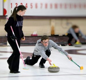 """Cornwall's Howatt and Johnston duo win PEI Mixed Doubles """"A"""" section"""