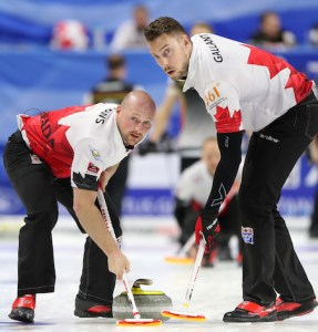 Team Canada heads into playoffs on winning note at World Men's Curling Championship (Curling Canada)