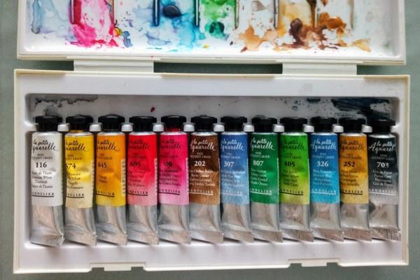 Peinture aquarelle fine en tubes pour débuter l'aquarelle