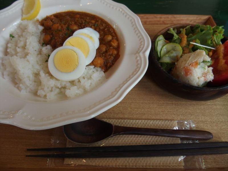 大田口カフェ(ひよこ豆カレー)
