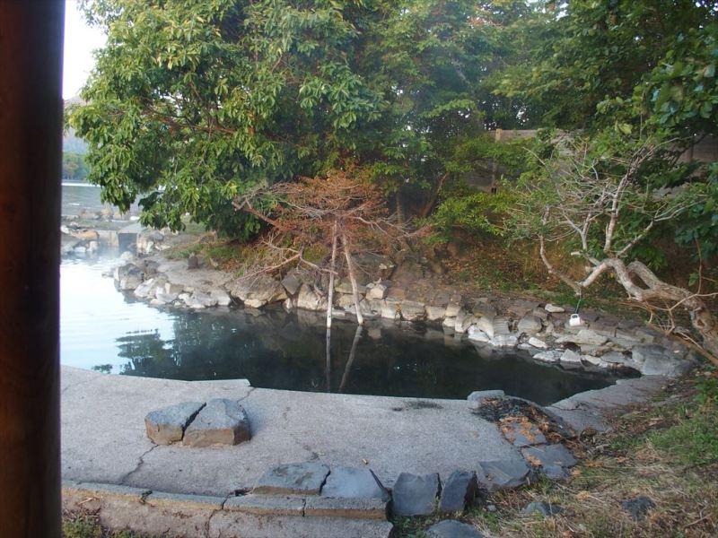和琴半島湖畔キャンプ場の露天風呂