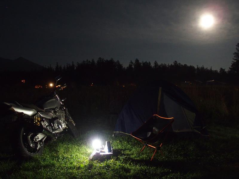 星に手のとどく丘キャンプ場の夜