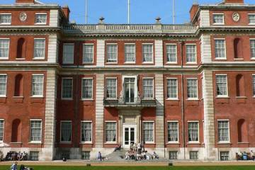 Marlborough_House-800px