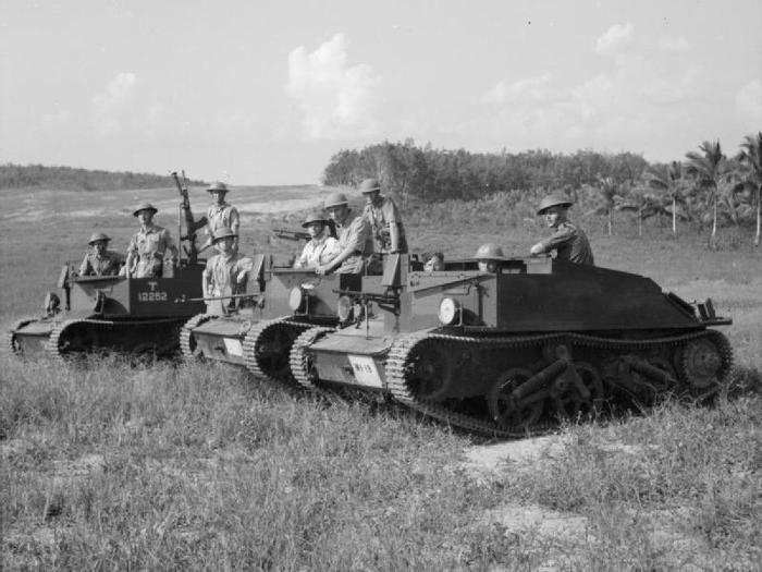 Bren_gun_carrier_British_Army_in_Malaya_1941