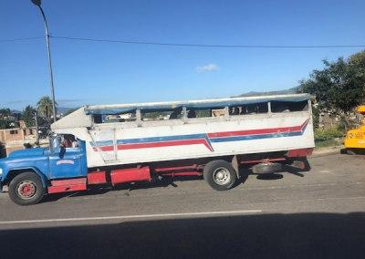 Il y a aussi de vrais bus