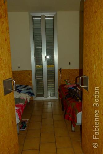 L'albergue municipal d'Azofra a troqué son grand dortoir contre 30 petites chambres à 2 lits. © Fabienne Bodan