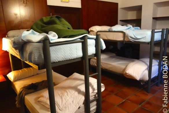 Nous avions réservé des chambres pour deux. Nous nous sommes retrouvés dans une chambre de 4, mais entre amies pèlerines, donc tout allait bien. © Fabienne Bodan