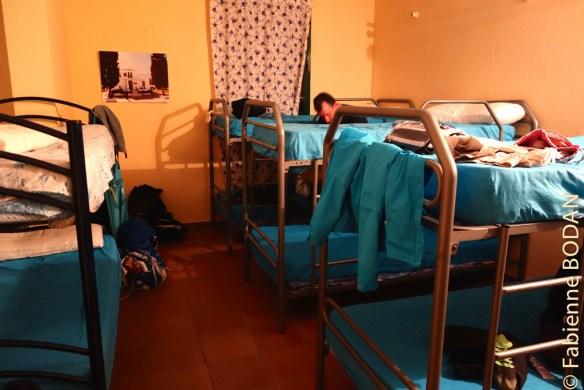 L'auberge contient un grand dortoir d'une vingtaine de lits et un autre de 8-10 lits. © Fabienne Bodan