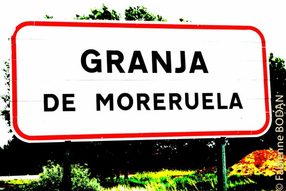 C'est dans cette bourgade que vous avez le choix entre deux routes : celle qui vous conduira à Astorga pour y rejoindre le camino francés, ou celle qui vous conduit, soit vers Braga pour rejoindre l'une des voies portugaises, soit vers Ourense via le Camino Sanabrés. © Fabienne Bodan