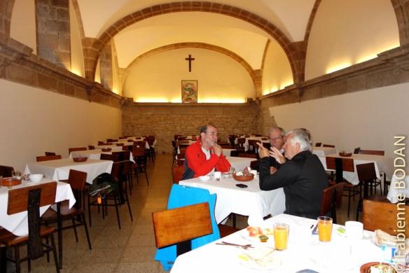 L'ancien réfectoire des moines...pour le buffet du petit déjeuner...© Fabienne Bodan